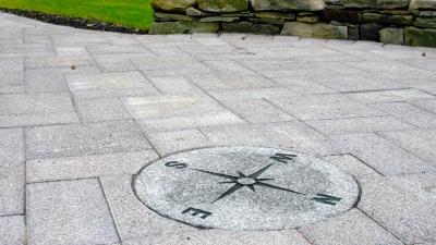 new-boston-granite-compass